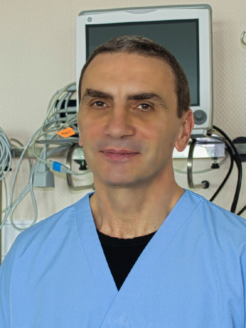 Д-р Борислав БОРИСОВ