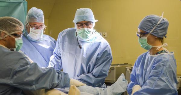 Операционни медицински сестри за ортопедична зала на Болница Тракия